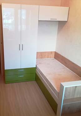 Фото Кровать из ЛДСП Бело зеленого цвета для ребенка