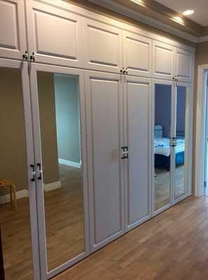 Фотография Шкаф белый с зеркалами из МДФ